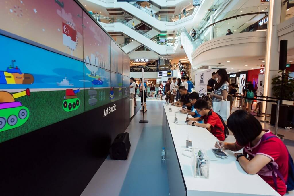 Samsung Note10 Launch 360 Social Wall